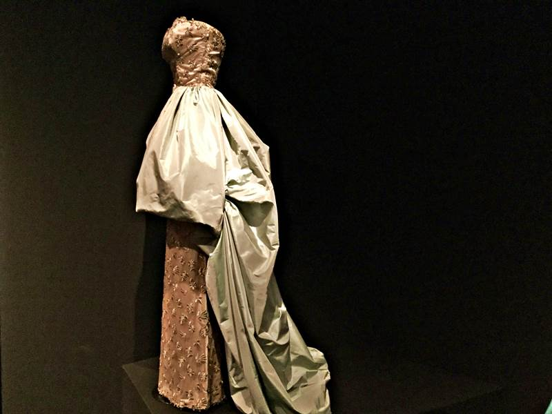 Museo del Traje: the dress of History