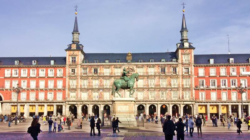 Madrid of the Habsburgs: Imperial capital